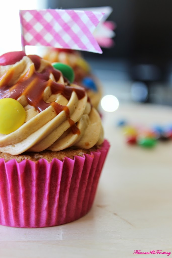 Peanut Butter Caramel Cupcakes, Cupcakes, How to make caramel frosting