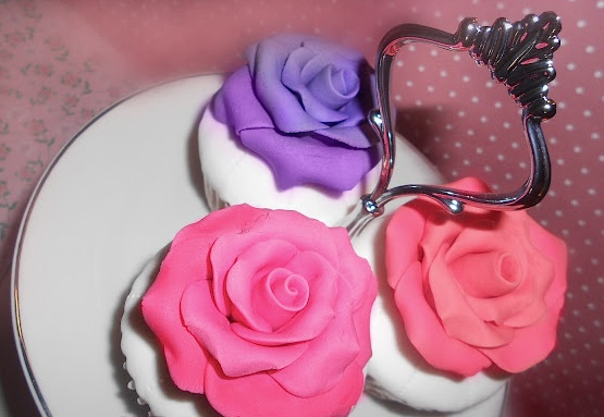 Cupcakes topped with Fondant Roses