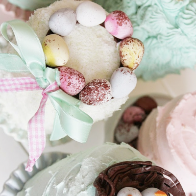 Pastel Mini Cakes decorated for Easter