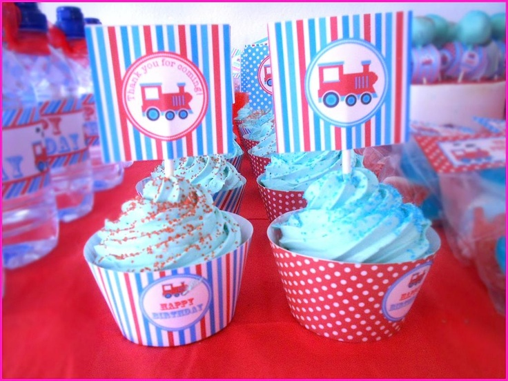 vintage train birthday party cupcakes, cupcake recipe, vintage train cupcakes