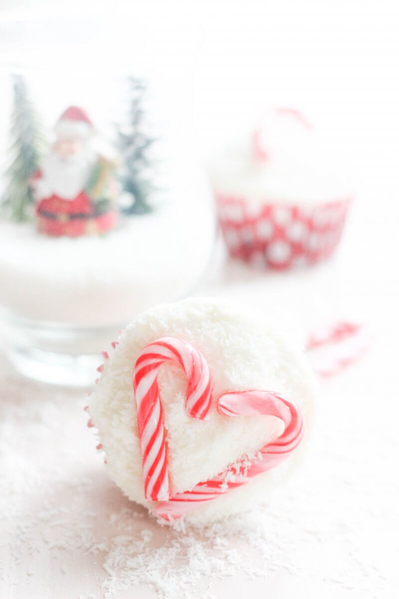 Christmas Coconut Candy Cane Cupcakes | FlavoursandFrosting