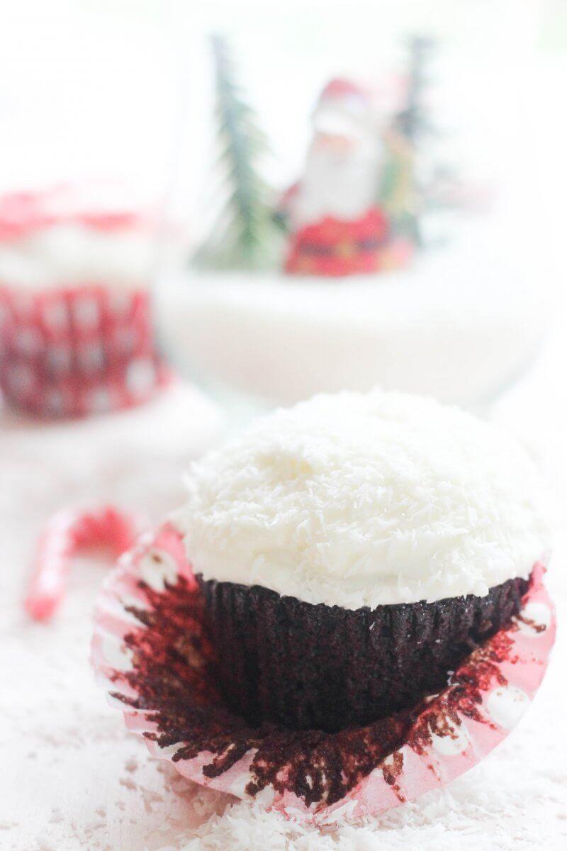 Christmas Coconut Candy Cane Cupcakes | FlavoursandFrosting.com