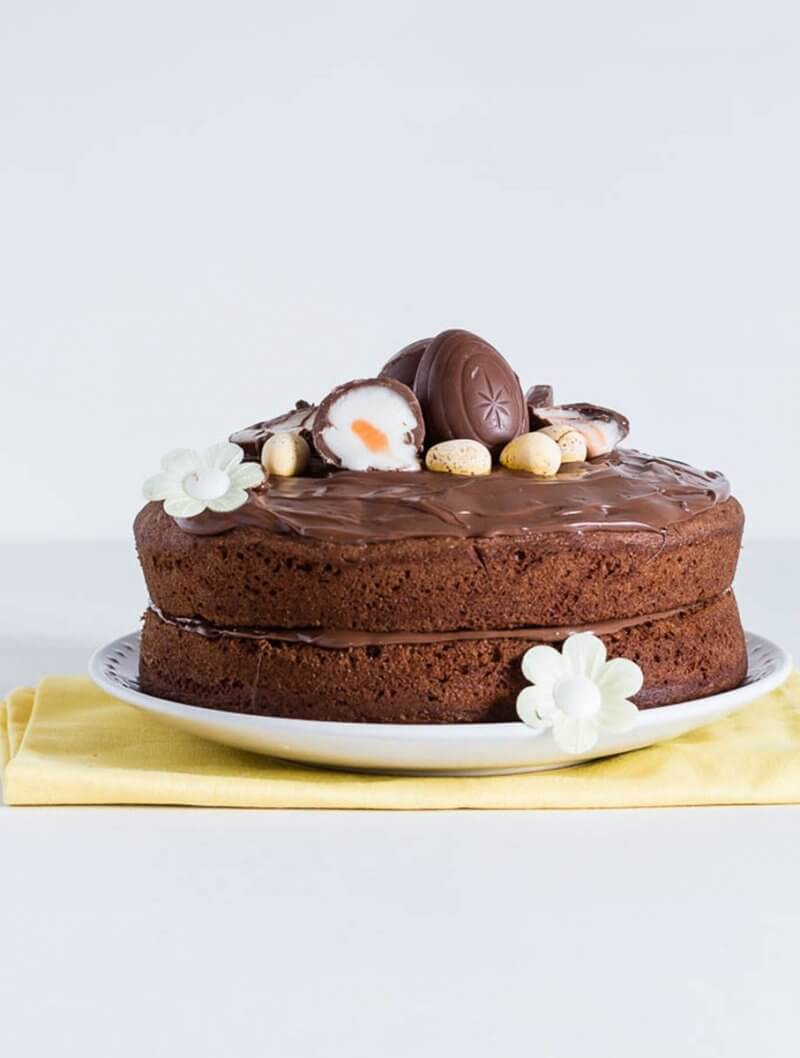 Creme Egg Nutella Cake| Layer Cakes for Easter round-up on FlavoursandFrosting.com