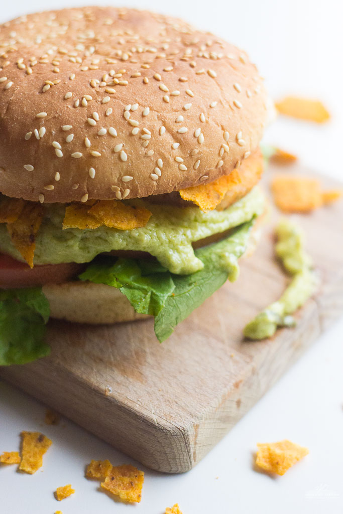 Mexican Fish Burger. A healthy fish burger with the taste of Mexico!