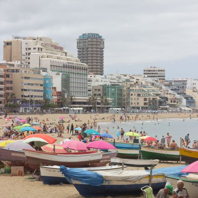 Las Canteras Beach | 5 Reasons Why to Visit it!