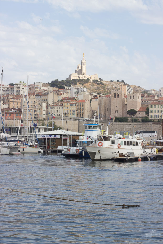 Guys! I urge you to visit Marseille when you are next in the south of France. We fell in love with this beautiful city situated in the French Riviera!