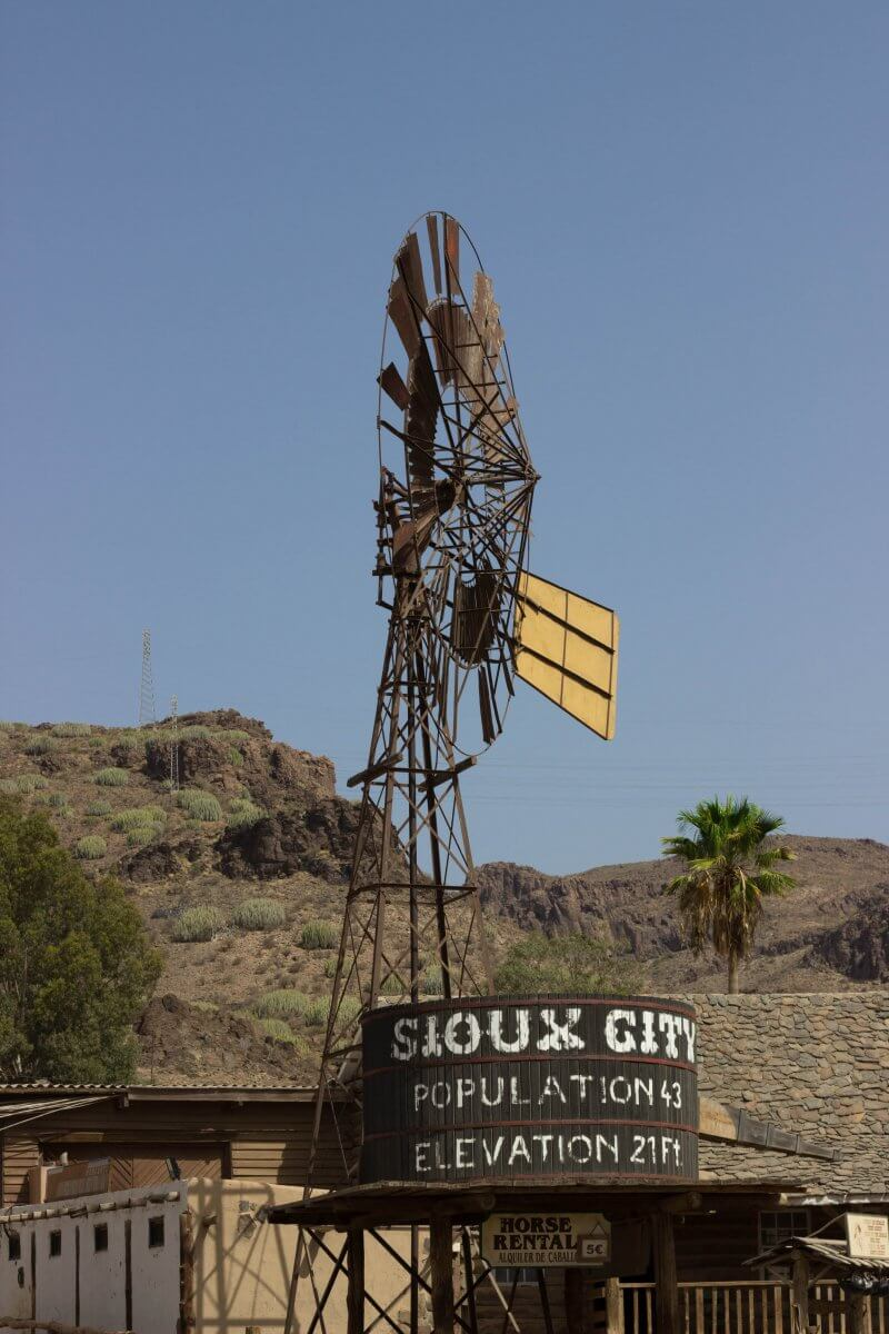 SIOUX CITY GRAN CANARIA - If you ever get the chance to visit Gran Canaria, head to Sioux City Park! It´s a great place to hang out as a family for a day and the kids will love it!
