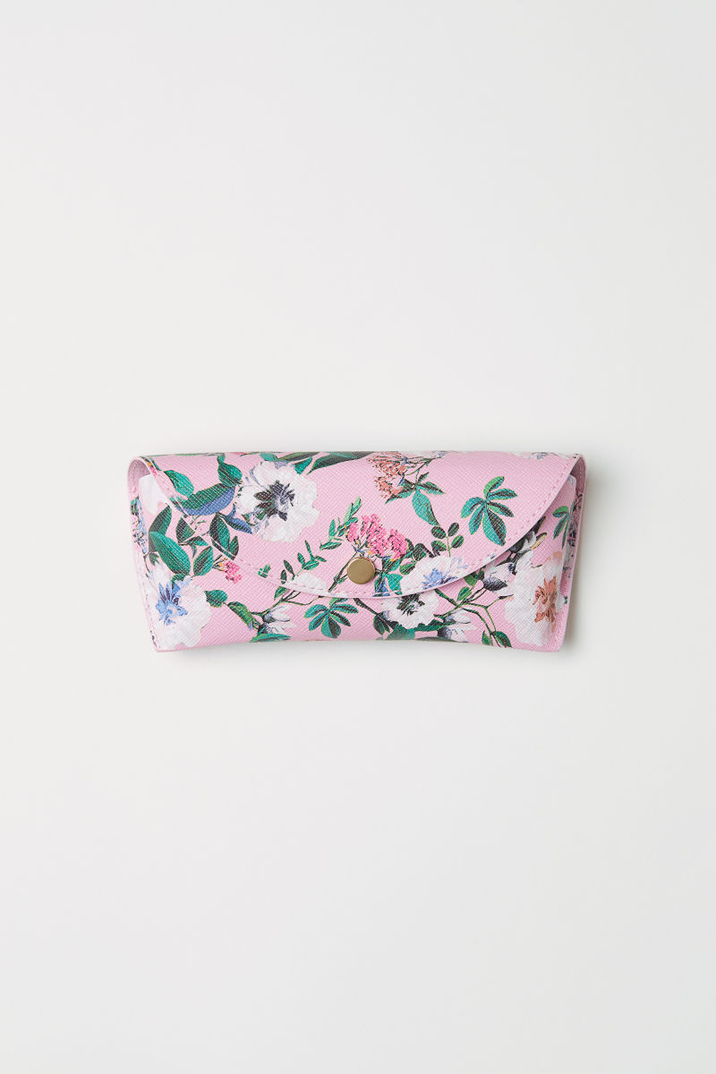 SHOP MY STYLE - H&M pink floral sunglasses case