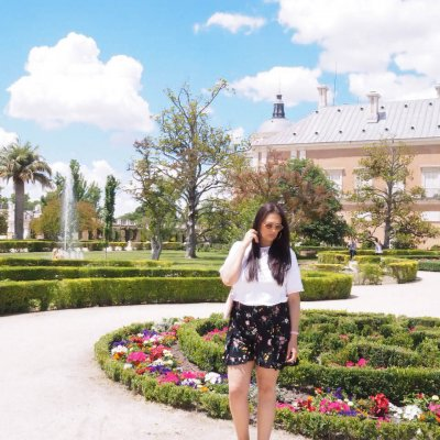 STYLE ON A BUDGET | SUMMER AFTERNOON IN BEAUTIFUL PALACE GARDENS