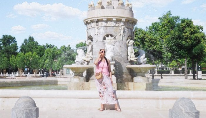 Wearing long skirts during summer   Floral Maxi Skirt